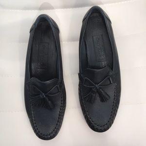 Cole Haan Navy Blue Women's Tassel Loafers. 8 AA.